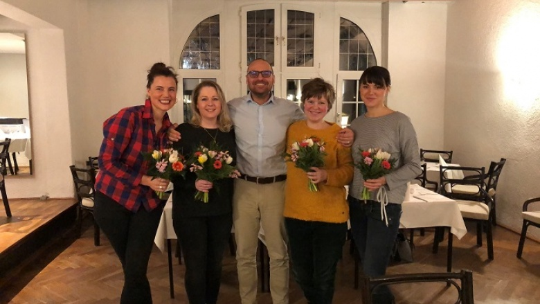 v.l.n.r. Desiree Freiin von Künsberg, Dana Wolf, Björn Lakenmacher MdL, Stefanie Stadie und Annika Zimmermann.